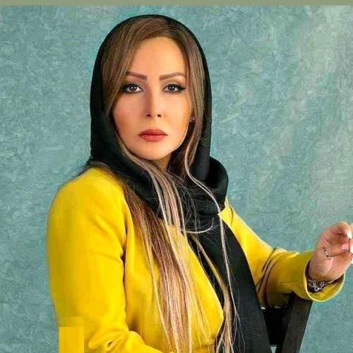 غر زدن پرستو صالحی به استایل دهه شصتی اش