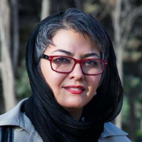 حال خوش آناهیتا همتی در پیست ماشین سواری