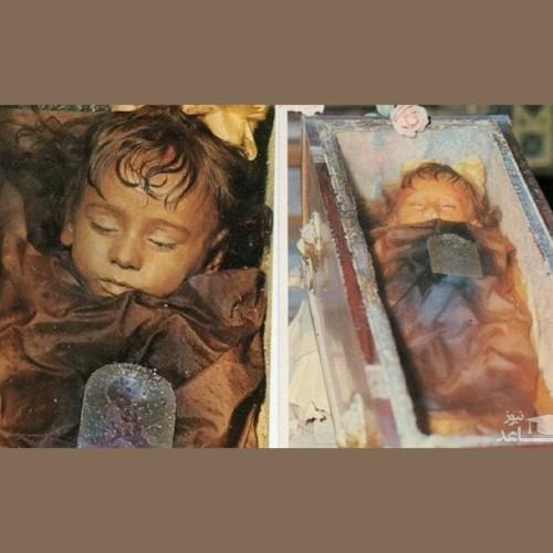 حکایت دردناک کودکی که از یک قرن پیش در خواب است