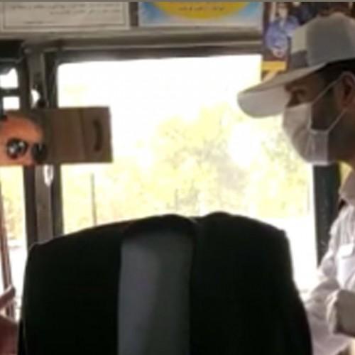 (فیلم) حرکت تحسین آمیز یک افسر پلیس در برابر راننده متخلف