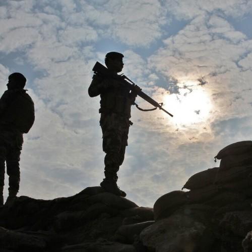 حزبالله عراق در آماده باش کامل/آمریکا پایگاههای نظامیاش را تقویت کرد