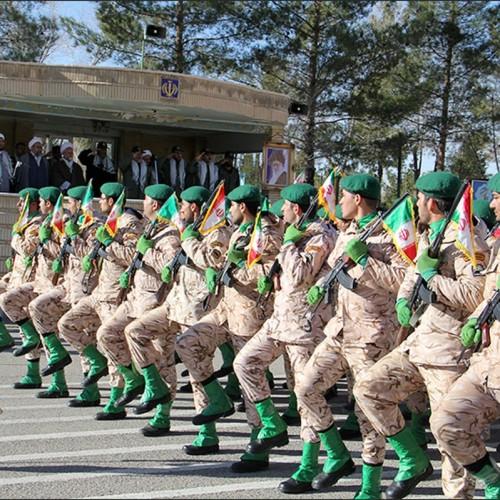 اینفو| فرار از خدمت سربازی در مقابل مزیتهای خدمت سربازی