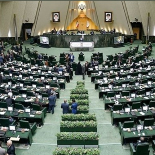 جولان کرونا در مجلس/ وضعیت جسمانی یک نماینده دیگر هم وخیم شد