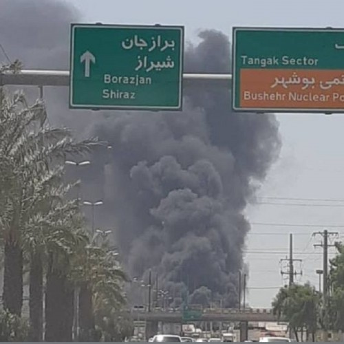 کارخانه شناور سازی در بوشهر آتش گرفت