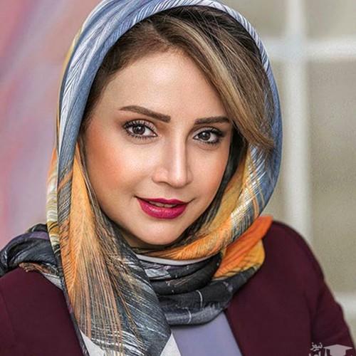 خانم بازیگر در نصفه جهان