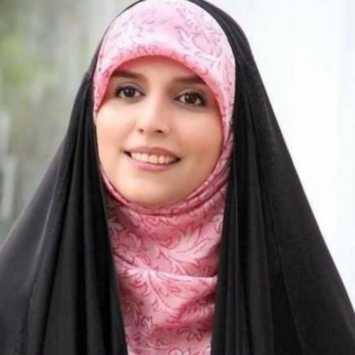 خارج گردی های مژده لواسانی با حجابی مثال زدنی