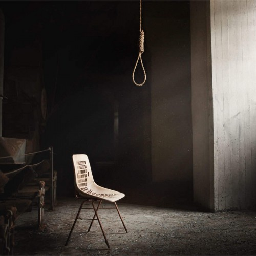 خودکشی دختر ۱۳ ساله سنندجی بخاطر ممانعت پدر از تحصیل!