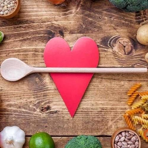 خوراکی هایی که باعث تپش قلب می شوند
