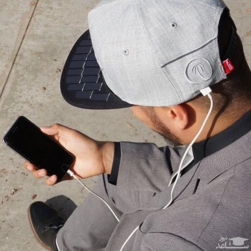 کلاهی که گوشی همراه را شارژ میکند!