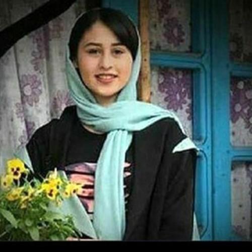 مادر رومینا اشرفی چه واکنشی به قتل دختر 14 ساله اش دارد؟  در مراسم دفن چه اتفاقی افتاد؟!
