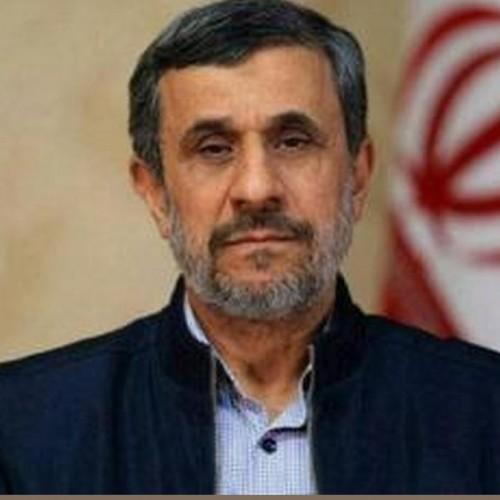 محمود احمدینژاد: خواننده مورد پسند نوجوانیام داریوش«اقبالی» بود!