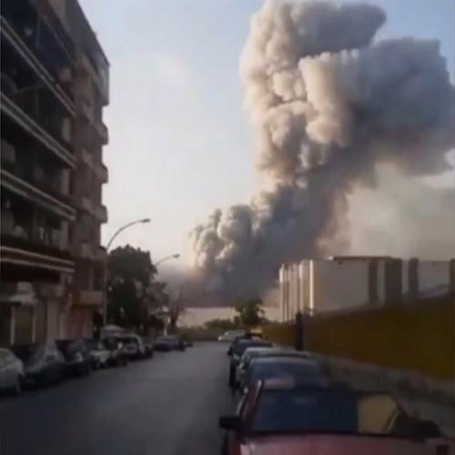 (فیلم) مرگ دلخراش یک مرد حین فیلم گرفتن از انفجارهای بندر بیروت