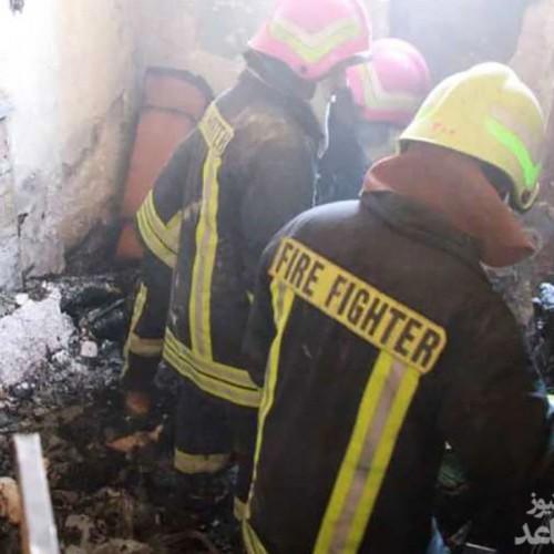مرگ یک زن در آتشسوزی انبار پوشاک در شیراز