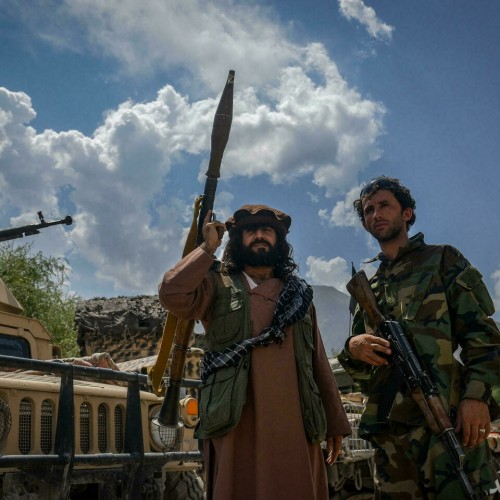 موشک از بیخ گوش یکی از اعضای طالبان گذشت
