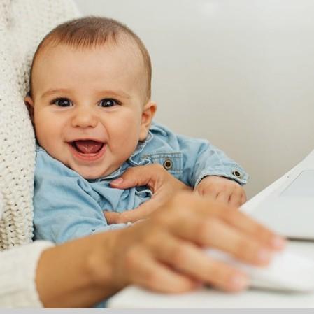 نوزادان و مادران شاغل