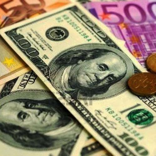 (ویدئو) هجوم عجیب مردم برای خرید دلار ۲۲ هزار تومانی