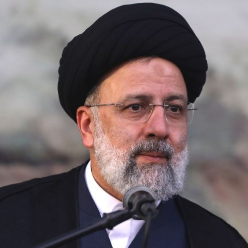 Pres. Raisi: Iran welcomes expansion of ties with France