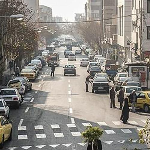پشت پرده فیلم برهنگی زن تهرانی در خیابان پیروزی! / دیوانگی با مرگ کرونایی شوهر!