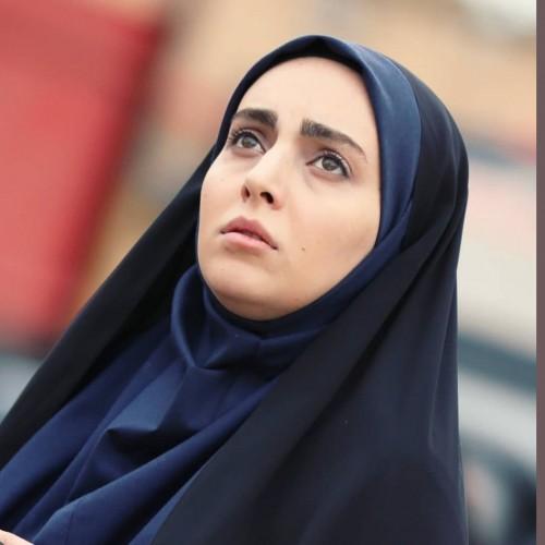 سلفی ماشینی مهشید جوادی، بازیگر «بچه مهندس»