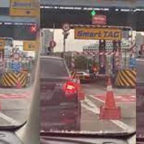 صحنه عجیبی که راننده لامبورگینی در عوارضی رقم زد! + فیلم