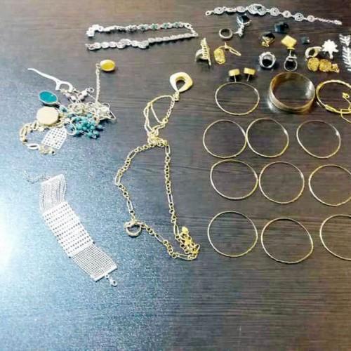 سرقت زنجیر طلا از گردن یک شهروند در روز روشن!