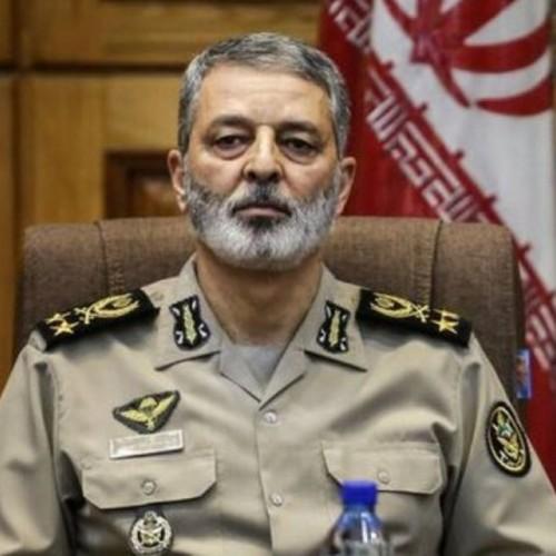 تأکید فرمانده کل ارتش بر حرکت عمیقتر در عرصه قدرت دفاعی