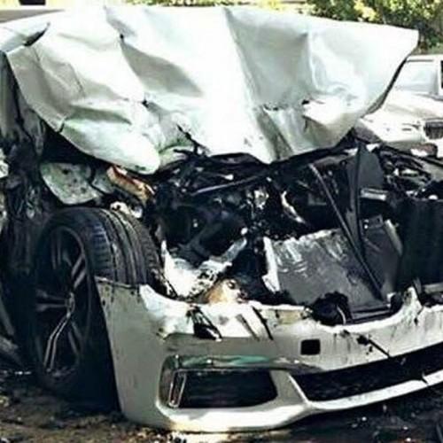 (فیلم) تصادف شدید خودروی بی ام دبلیو با یک گاومیش