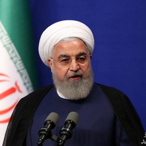 روحانی هم بالاخره ماسک زد
