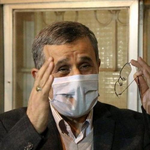واکنش رهبر انقلاب به رفتارهای عجیب و غریب احمدی نژاد