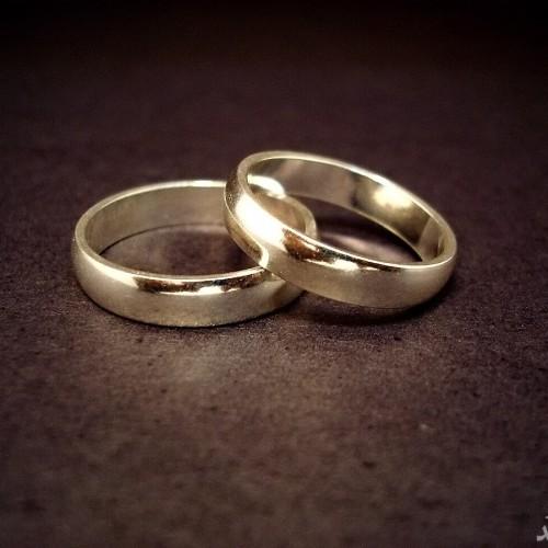 زنی که با خود ازدواج کرد!