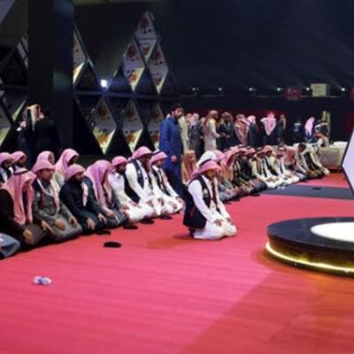 اتفاقی عجیب در عربستان/ ورق بازی زنان با مردان !!