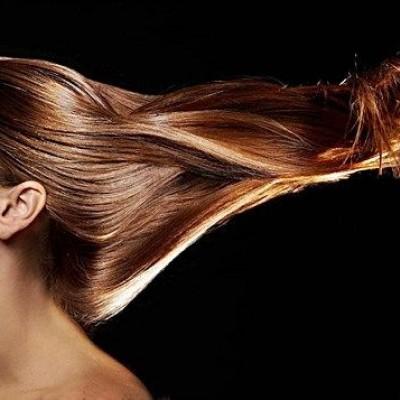 موهایتان زود چرب می شود؟ پس این 5 گام را انجام دهید!