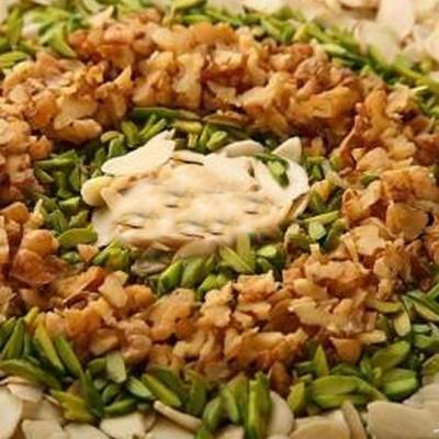 طرز تهیه کوکوی آجیلی