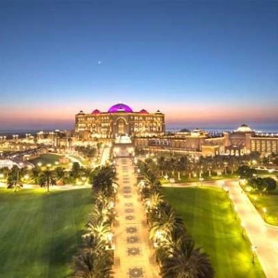 کاخ امارات در ابوظبی/ هتلی 3 میلیارد دلاری که از طلا ساخته شده است!