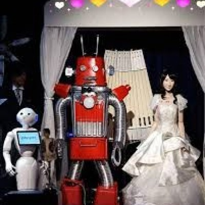 ازدواج جنجالی دو روبات در ژاپن!