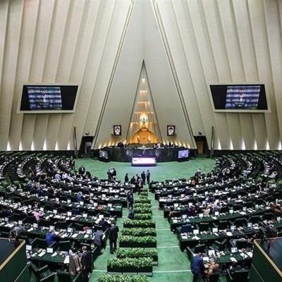 ارتباط کرونا با تهدید ترامپ مبنی بر حمله به مراکز فرهنگی ایران