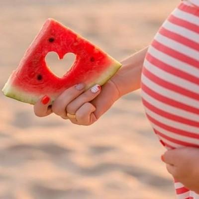 فواید و عوارض مصرف هندوانه در دوران بارداری