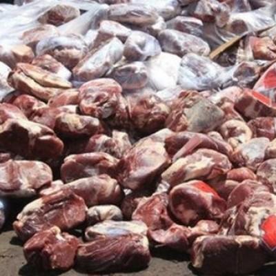 (فیلم) فروش گوشت و مرغهای تاریخ مصرف گذشته به اسم گوشت چرخکرده به مردم