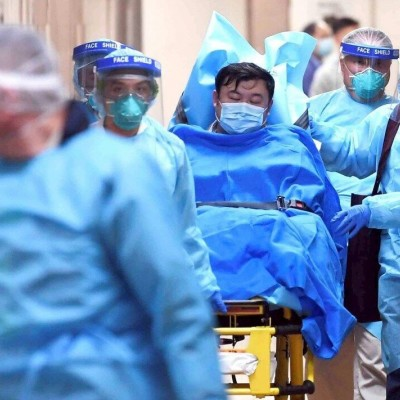 انگلیس به بیماران کرونایی حقوق پرداخت میکند