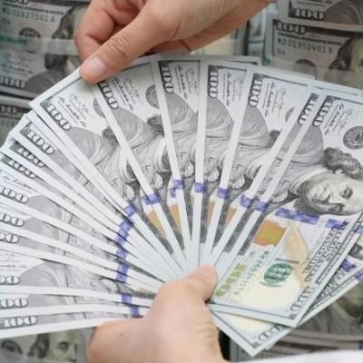 پیشروی دلار در کانال ۱۳هزار تومان ادامه دارد
