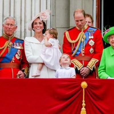 قوانین جالب خانواده سلطنتی بریتانیا
