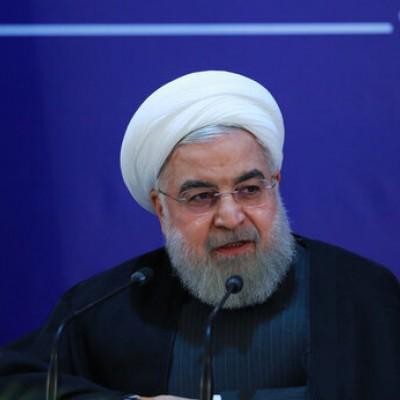 (فیلم) روحانی: خودم هم خبر نداشتم کی بنزین گران می شود!