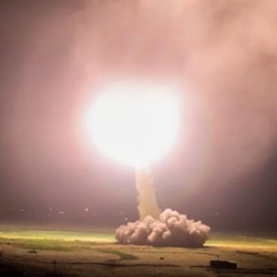 حملات سنگین موشکی سپاه به پایگاه آمریکایی عینالاسد...انتقام سخت آغاز شد