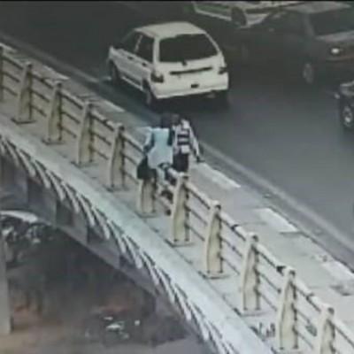 نجات دختری که قصد خودکشی داشت از سوی پلیس راهور