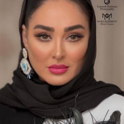 دور دور الهام حمیدی و لیلا اوتادی با ماشین لاکچری