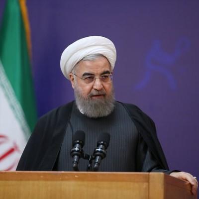 روحانی: هرگونه تحول در رفتار ما از توبه تحریمکنندگان آغاز میشود