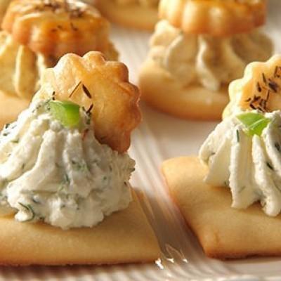 طرز تهیه لقمه پنیر بسیار خوشمزه برای ماه رمضان