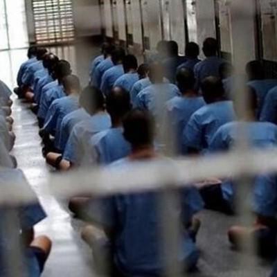 ١۲ نفر از زندانیان سقز به زندان بازگردانده شدند