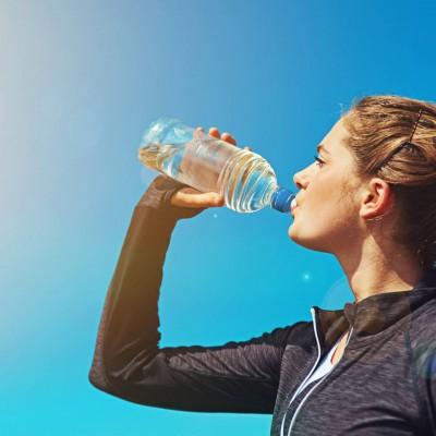 به خاطر پوستتان آب بنوشید