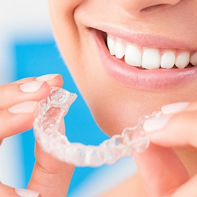 تاثیر ارتودنسی اینویزیلاین در اصلاح دندانها